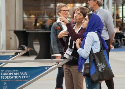 Two delegates at Pain in Europe X